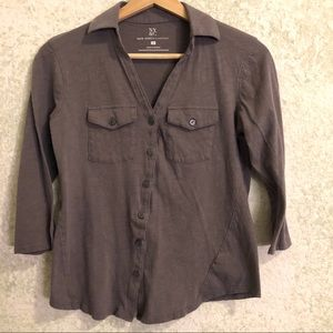 New York & Company 3/4 sleeve button down shirt